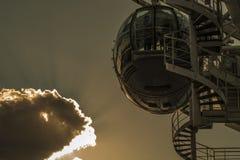 Vaina del ojo de Londres en la puesta del sol Fotografía de archivo libre de regalías