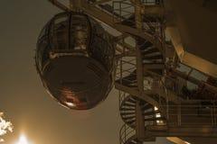 Vaina del ojo de Londres en la puesta del sol Imágenes de archivo libres de regalías