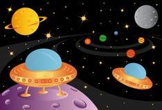 Vaisseaux spatiaux dans l'univers Photos libres de droits