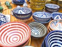 Vaisselle colorée du Maroc Image libre de droits