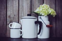 Vaisselle de cuisine émaux Image libre de droits