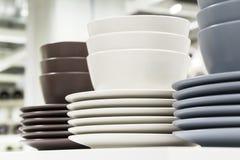 Vaisselle de cuisine - groupe de plat et de bolw Photographie stock libre de droits
