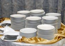 Vaisselle sur la table suédoise Photographie stock libre de droits