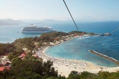 Vakantie op cruiseschip stock foto's