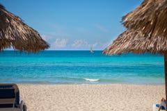 Vakantie op een strand stock afbeelding