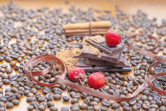 Vakantie van chocoladedag - houten lijstachtergrond van koffie Royalty-vrije Stock Foto