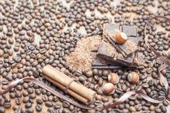 Vakantie van chocoladedag - houten lijstachtergrond van koffie Royalty-vrije Stock Fotografie