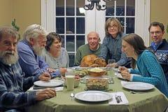 Vakantiediner met familie Royalty-vrije Stock Afbeelding
