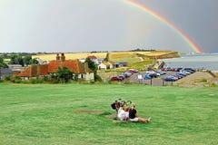 Vakantiegangers in landelijk Kent Stock Afbeelding