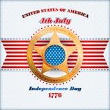 Vakantiemalplaatje met gouden ster en nationale vlagkleuren voor four Juli, Amerikaanse Onafhankelijkheidsdag Royalty-vrije Stock Foto's