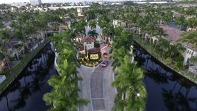 Vakt House till Florida Gatedn gemenskap Arkivfoto