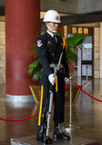 Vakter i Sun Yat-sen Memorial Hall Royaltyfri Bild