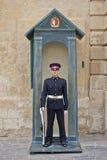 Vaktpost på Grandmasters slott, Valletta Arkivfoto