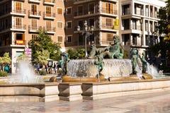 VALÊNCIA, ESPANHA - 15 de novembro de 2017: Fonte Rio Turia no quadrado do Virgin St Mary Fotos de Stock Royalty Free