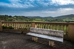 Val的di Cecina,里窝那,托斯卡纳,意大利- Panorami比博纳 免版税库存图片
