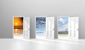 Val av tre dörrar som öppnar till möjliga semester- eller flyktdestinationer Arkivbild