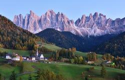 Val di Funes, dolomia, Italia Immagini Stock Libere da Diritti
