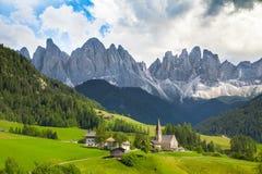 Val di Funes, Tyrol du sud, Italie photographie stock libre de droits