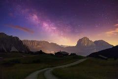 Val Gardena Dolomites mit Stern lizenzfreie stockbilder