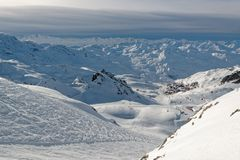 Val Thorens du haut de Le Peclet photos stock