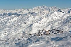 Val Thorens e Mont Blanc dal CIME Caron Immagini Stock Libere da Diritti