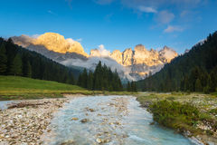 Val Veneggia, dolomías, Italia Fotografía de archivo