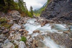 Val Veny, Ιταλία - αλπικό ρεύμα Στοκ Εικόνα