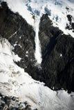 Valanga enorme su Montblanc fotografie stock libere da diritti