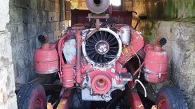 Valcanale, Μπέργκαμο, Ιταλία Εγκαταλειμμένο χιονοδρομικό κέντρο το 1998 γεννήτρια ηλεκτρικής ενέρ απόθεμα βίντεο