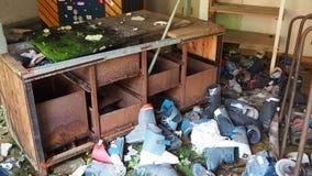 Valcanale, Bergamo, Itália Material desportivo abandonado do serviço e do arrendamento do esqui video estoque