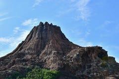 Valcano с голубым небом стоковая фотография rf
