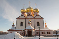 Valdai Iversky Svyatoozersky Bogoroditsky修道院在俄罗斯 库存照片