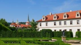 Valdstejn trädgård Prague Tjeckien Hradcany, Mala Strana Arkivfoto