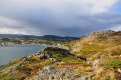 Vale da montanha com cidade Foto de Stock Royalty Free