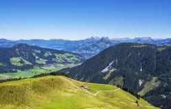 Vale de Brixen e cumes bonitos de Kitzbuhel, Áustria Imagens de Stock Royalty Free