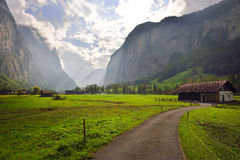 Vale de Lauterbrunnen em Switzerland Fotografia de Stock Royalty Free