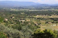 Vale de Luberon em Provence imagens de stock