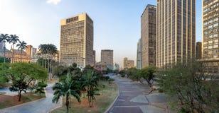 Vale do Anhangabau Anhangabau άποψη κοιλάδων από Viaduto do Cha Tea την οδογέφυρα - Σάο Πάολο, Βραζιλία Στοκ φωτογραφία με δικαίωμα ελεύθερης χρήσης