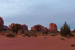 Vale do monumento no nascer do sol Fotos de Stock Royalty Free