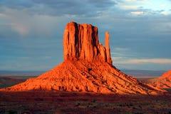 Vale do monumento no por do sol Fotos de Stock