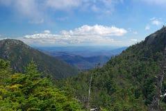 Vale e montanhas Foto de Stock Royalty Free