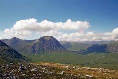 Vale e montanhas de Glen Coe Fotos de Stock Royalty Free