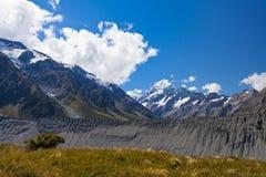 Vale glacial NZ de Hooker do cozinheiro de Aoraki Mt da moraine fotografia de stock
