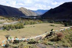 Vale liso no platô tibetano Fotografia de Stock Royalty Free