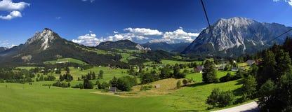 Vale nas montanhas Fotos de Stock