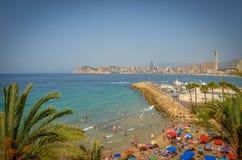 Valencia's mest berömd strand Palmträdsommarpromenad Spanien Valencia royaltyfri foto