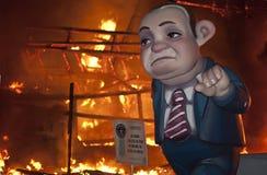 Valencia Fallas, figuras enormes ardiendo. Fotografía de archivo libre de regalías