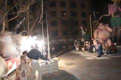 Valencia Fallas, figuras enormes ardiendo. Imagen de archivo