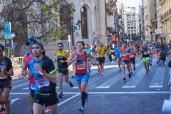 VALENCIA, SPANJE - DECEMBER 02: De agenten concurreren in XXXVIII Valencia Marathon op 18 December, 2018 in Valencia, Spanje royalty-vrije stock afbeelding