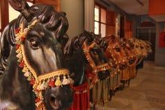 Valencia, 19 Spanje-Oktober, 2017: De tentoonstelling van kartonpaarden binnen Royalty-vrije Stock Foto